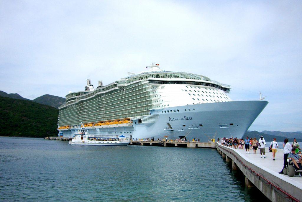 Copiii calatoresc gratuit in Caraibe -Allure of the Seas