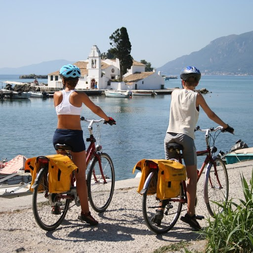 Descoperiti insula CORFU cu bicicleta