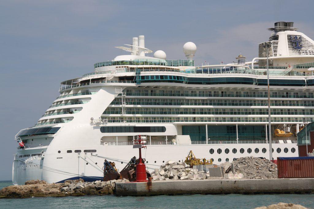 11 nopti in Scandinavia si Rusia pe vasul Serenade of the Seas