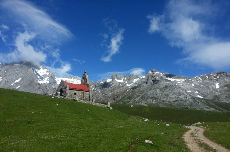 Trekking in Parcul National Picos de Europa