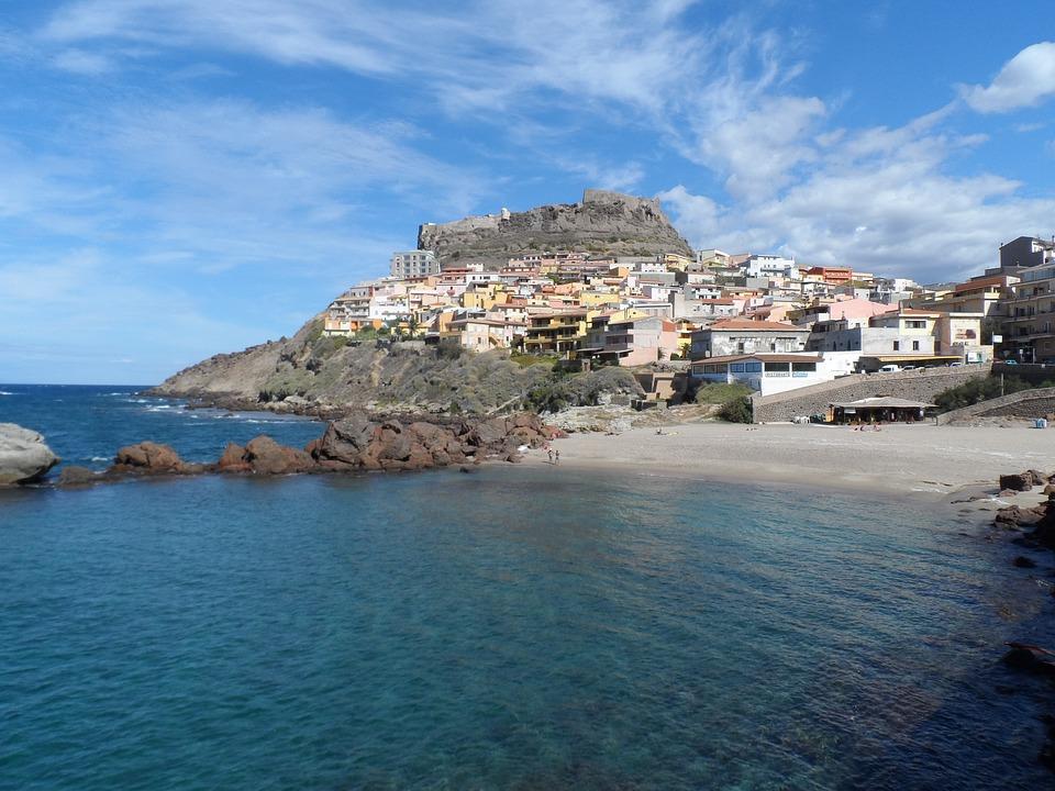 Program de drumetii in Sardinia