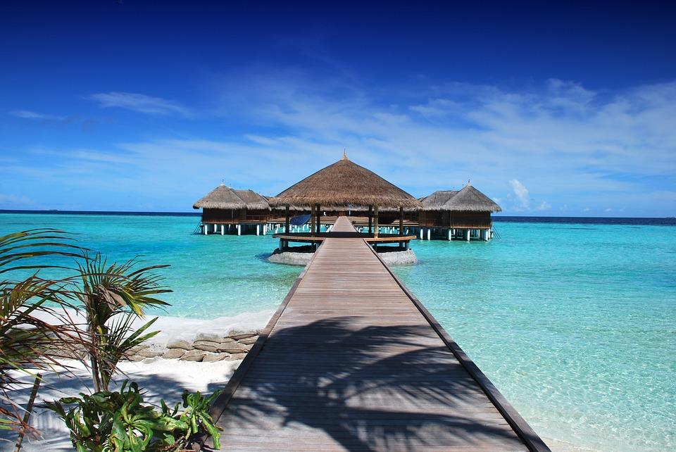 Prelungiti vara in Maldive si Republica Dominicana