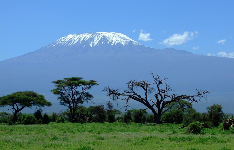 Trekking pe Muntele Kilimanjaro