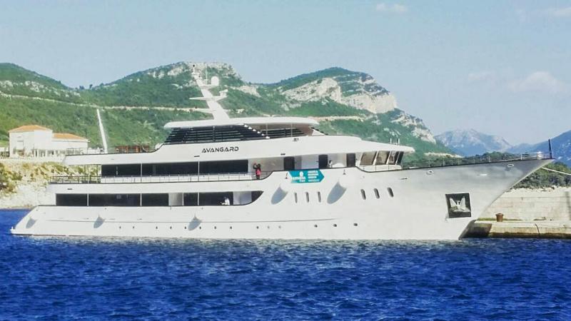 Croaziera KL Deluxe DALMATIAN PARADISE pe vasul Deluxe Superior MV Avangard