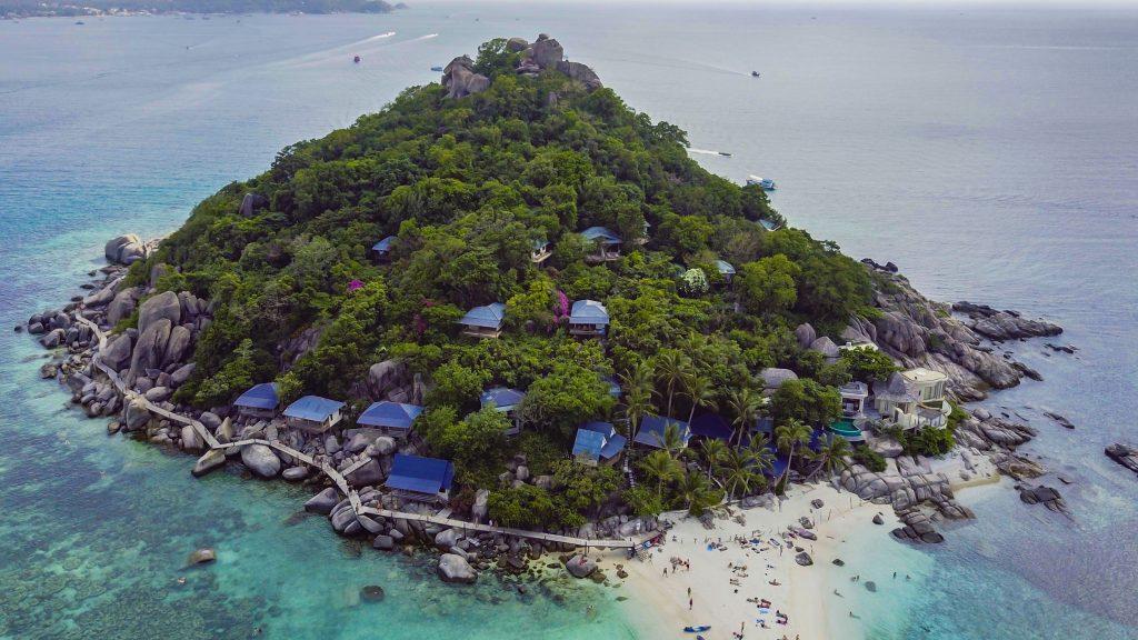 Island Hopping de la / pana la Mahe