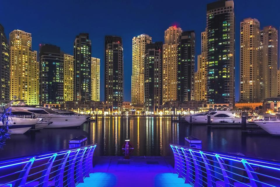 Pachet sejur hotel in Dubai si intrare inclusa la parcurile de distractii!