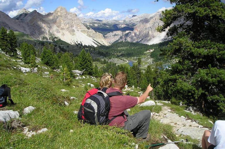 Trekking in Alto Adige si Val Badia - Muntii Dolomiti