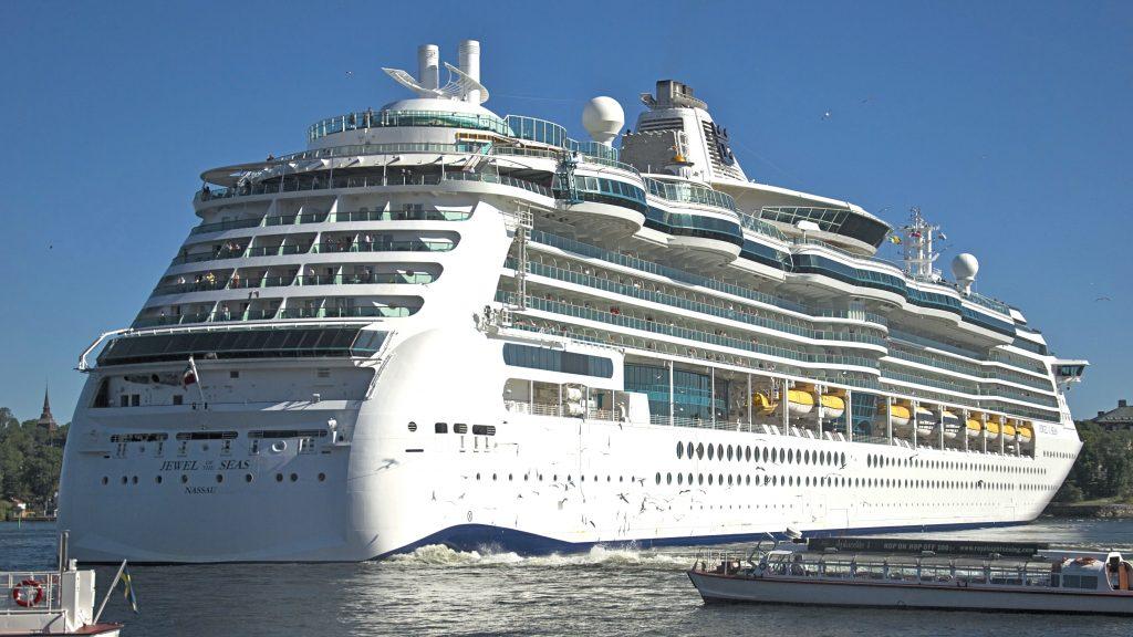 Croaziera de Revelion in Dubai - 7 nopti pe vasul Jewel of the Seas®