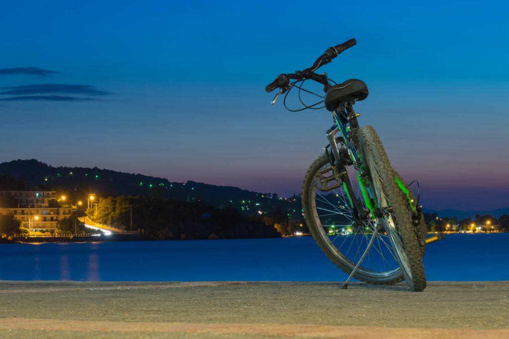 Descopera insula Rodos cu bicicleta