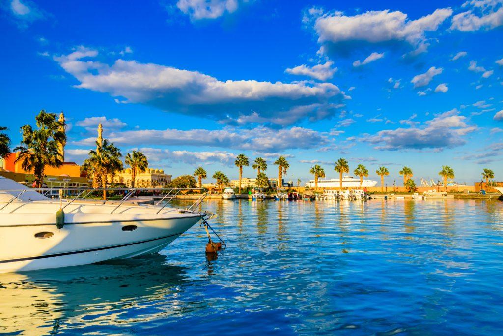 Vacanta in Hurghada chartere din Bucuresti in luna aprilie